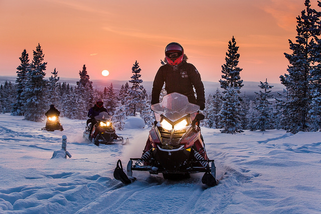 Snowmobile Safari 2 hours